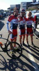 Daniele Paoli (al centro) con due compagni di squadra