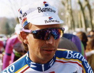 Armand De Las Cuevas