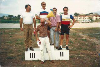 L'indimenticabile Gildo sul podio in una premiazione amatoriale